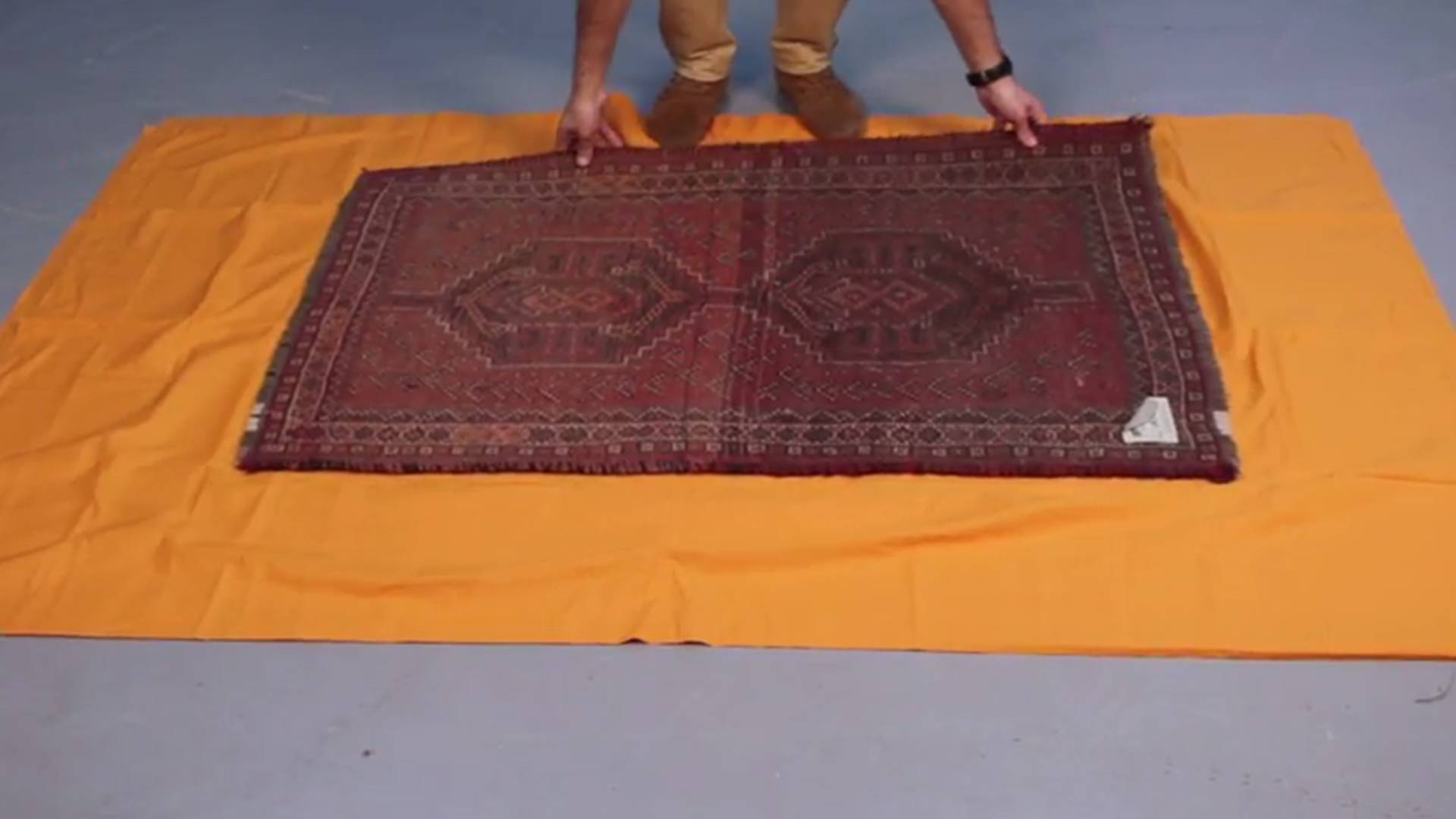DIY Tips - How to save the carpets during the summer