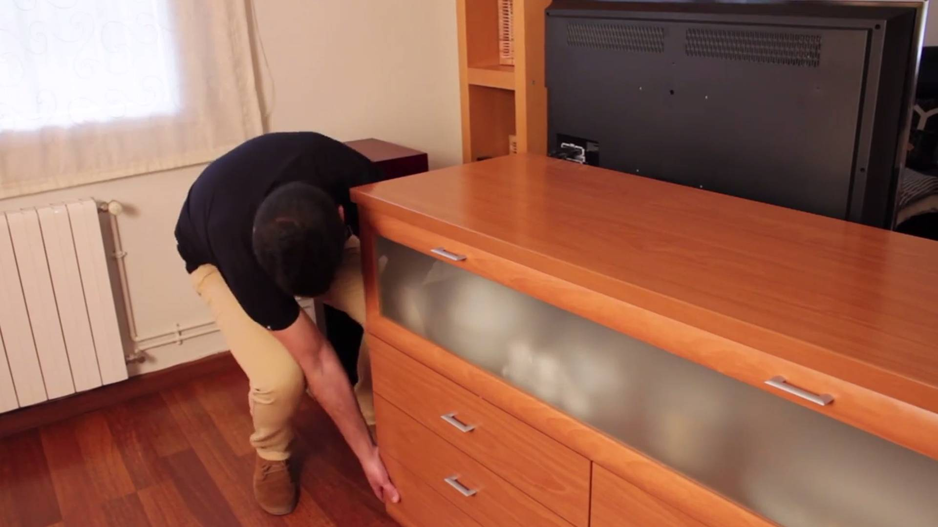 DIY Tips - How to move heavy furniture and avoid damage to the floor.